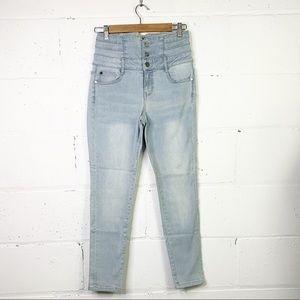 Jennifer Hudson  hi-rise skinny jeans